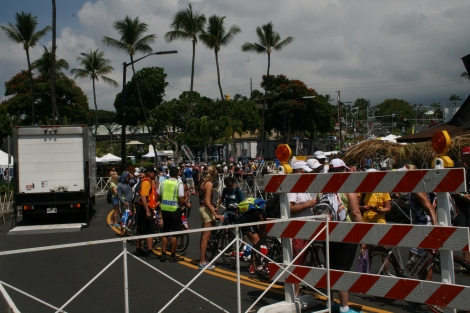 2013 Ironman Hawaii プロバイクチェックイン